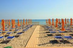 Playa equipada verano Fotografía de archivo