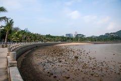 Playa escénica de Zhuhai Fisher Girl de la costa del camino de los amantes de Zhuhai Foto de archivo