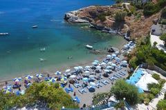 Playa escénica en la isla de Crete en Grecia imagenes de archivo