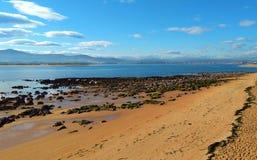 Playa escénica en Santander, España fotos de archivo libres de regalías
