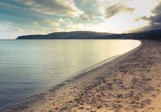 Playa escocesa de la bahía de la isla Imagen de archivo libre de regalías