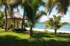 Playa hermosa Concepto de las vacaciones de verano y de las vacaciones para el turismo Paisaje tropical inspirado imagen de archivo