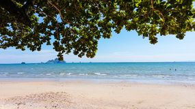 Playa hermosa de Krabi, Tailandia Imagen de archivo libre de regalías