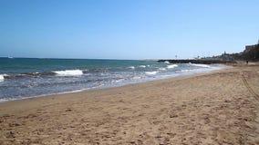 Playa hermosa en las islas Canarias en HD lleno metrajes