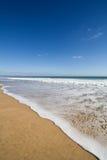 Playa hermosa en verano imagenes de archivo