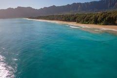 Playa hermosa Oahu Hawaii de Waimanalo de la visión aérea fotos de archivo