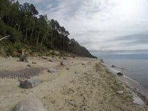Playa holandesa del kepure de Olando del sombrero cerca de Karkle, Klaipeda, Lithu foto de archivo