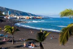 Playa Jardin在Puerto de la Cruz,特内里费岛 免版税库存图片