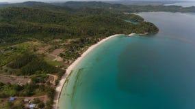 Playa Kudat de Kelambu foto de archivo