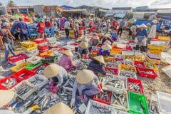 Playa larga de Hai, mercado de pescados Foto de archivo