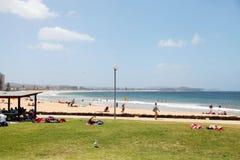 Playa larga del filón - Dee Why, Sydney Australia imagenes de archivo