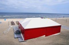 Playa letona Jurmala del centro turístico del mar Imagen de archivo libre de regalías