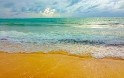 Playa limpia y clara Foto de archivo
