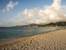 Playa magnífica Grenada el Caribe de Anse Imagen de archivo libre de regalías