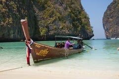 Playa Maya Bay en la isla de Phi Phi Foto de archivo libre de regalías