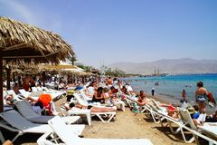 Playa municipal en Eilat, Israel Imagen de archivo libre de regalías