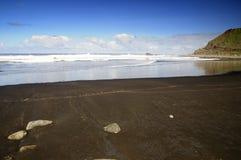 Playa negra en Anaga, Tenerife de la arena Imágenes de archivo libres de regalías