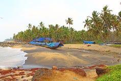 Playa negra Varkala La India del sur Fotos de archivo libres de regalías
