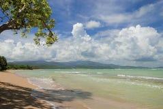 Playa ocultada de Puerto Rico Imágenes de archivo libres de regalías
