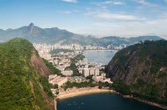 Playa ocultada en Rio de Janeiro, el Brasil Fotografía de archivo libre de regalías