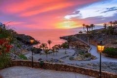 Playa Paraiso, Tenerife, Κανάρια νησιά, Ισπανία: Ηλιοβασίλεμα σε Playa Playa Las Galgas Στοκ Εικόνες