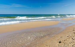 Playa polaca del mar en tiempo de primavera Fotografía de archivo