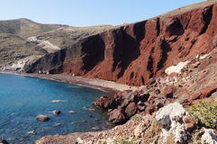 Playa roja en la isla de Santorini, Grecia Fotografía de archivo libre de regalías