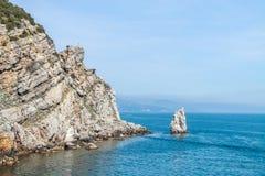 Playa salvaje asombrosa de la roca Imagen de archivo libre de regalías