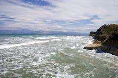 Playa salvaje de la isla de Corfú Fotos de archivo libres de regalías