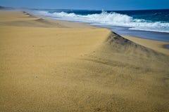 Playa sola, Portugal Imágenes de archivo libres de regalías