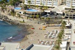 Playa soleada en Taurito Fotos de archivo