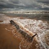 Playa tempestuosa Fotos de archivo