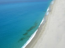 Playa Tropea Calabria Italia del mar de la línea de flotación Fotos de archivo libres de regalías