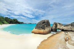 Playa tropical de la isla de desierto Fotografía de archivo libre de regalías