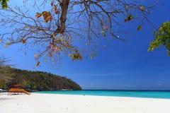 Playa tropical de la laguna del paraíso Fotos de archivo libres de regalías