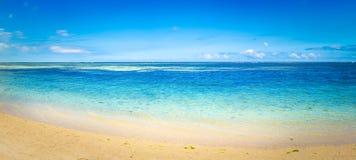Playa tropical de Sandy Paisaje hermoso Panorama Foto de archivo