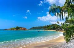 Playa tropical en Sri Lanka Foto de archivo