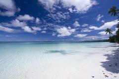 Playa tropical hermosa Foto de archivo libre de regalías