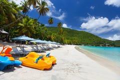 Playa tropical hermosa en el Caribe imágenes de archivo libres de regalías