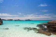 Playa tropical hermosa en la isla de Similan, Tailandia Foto de archivo libre de regalías