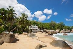 Playa tropical intacta en Sri Lanka Fotografía de archivo