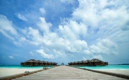 Playa tropical perfecta del paraíso de la isla Foto de archivo libre de regalías