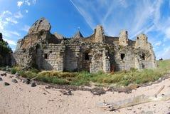 Playa y abadía Fotografía de archivo libre de regalías