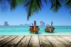 Playa y barcos, mar de Andaman Imagen de archivo libre de regalías