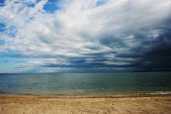 Playa y cielo Foto de archivo