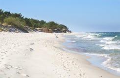Playa y dunas blancas Fotos de archivo