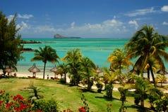 Playa y laguna tropicales. Mauricio Imagen de archivo libre de regalías