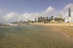 Playa y rascacielos urbanos en natal fotografía de archivo libre de regalías
