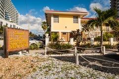 Playa y Sandy Shores Motel en el Fort Lauderdale, los E.E.U.U. Foto de archivo libre de regalías