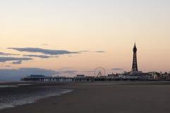 Playa y torre de Blackpool Fotografía de archivo libre de regalías